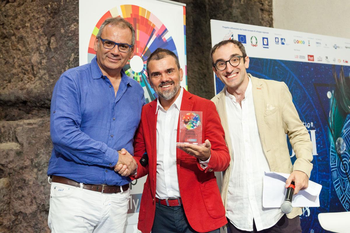 Premiazione di Andrea Casadio, founder di Allergenio, start-up vincitrice del premio speciale Italian Food Experience
